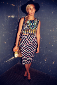 beyonce-instagram-topshop-tee-and-skirt-crop-aztec-chevron1